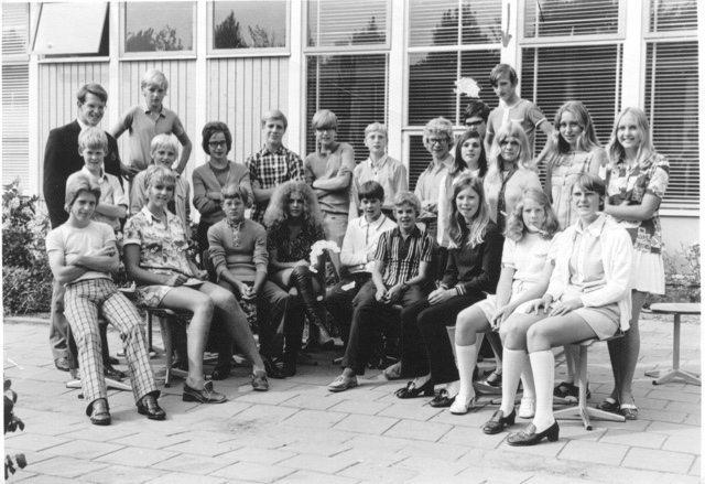 1964-school